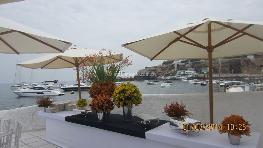 Flores matrimonio en playa