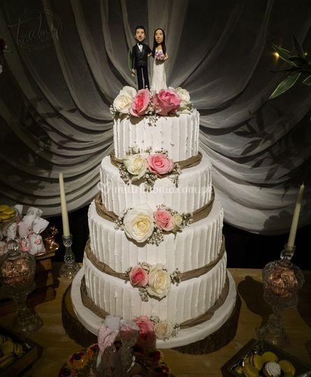Maqueta para bodas 4 pisos