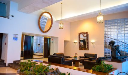Thunderbird Hotels J.Pardo