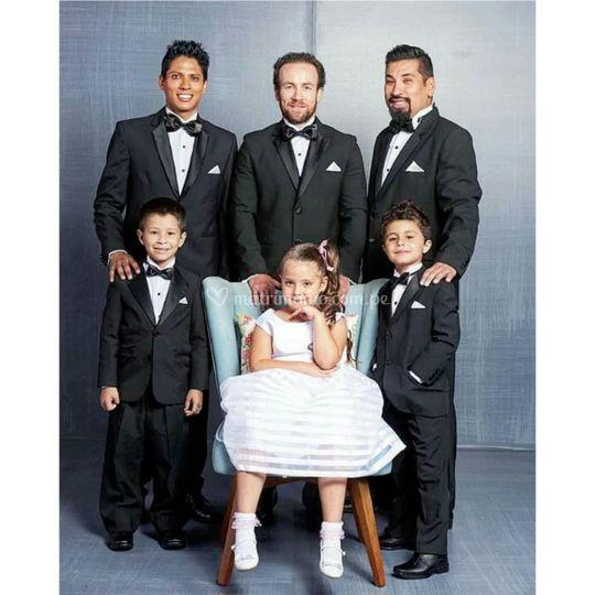 2b07a1461 El Corte Inglés Trajes para novios y niños