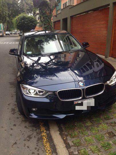 BMW 320i 2014 azul