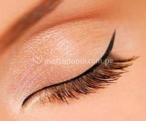 Delineado permanente de los ojos