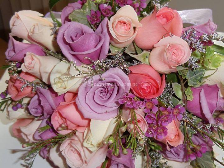 Mini rosas con tonos lilas