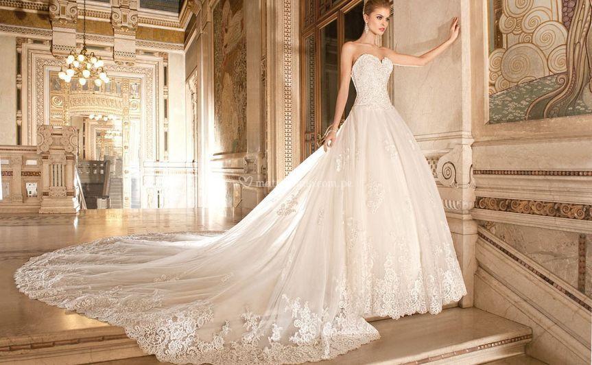 VESTIDO categoría diamante de Marianela Isashi Diseño y Confección