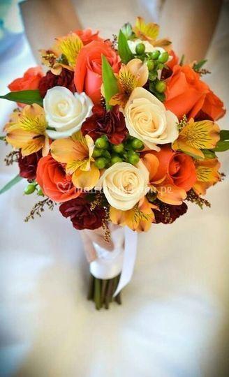Bouquets en tonos naranjas