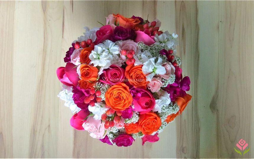 Bouquets fucsias y coral