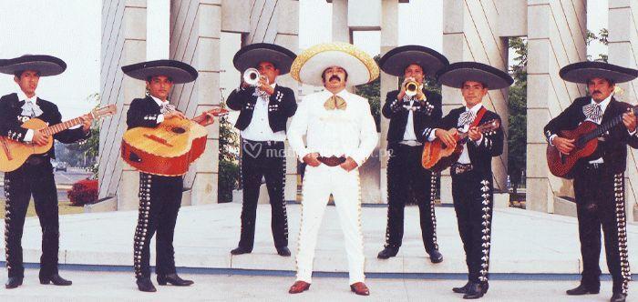 Mariachis en Lima 7 Músicos