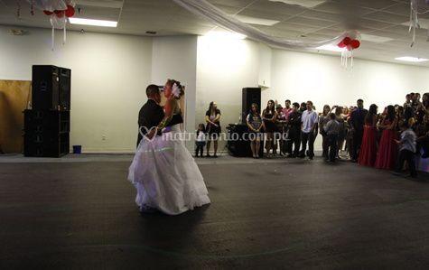 El baile de los novios