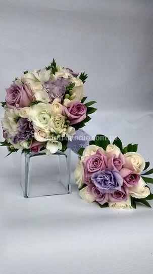 Bouquet rosas lila y lisianthu