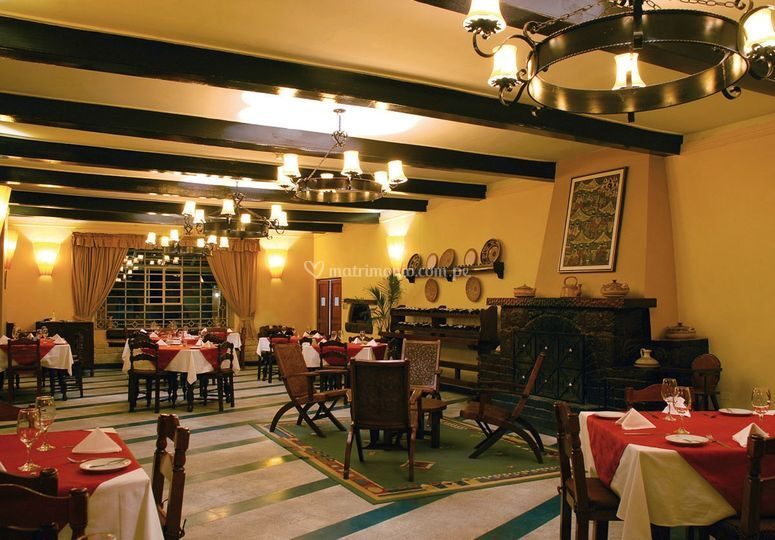 Amplia sala del Restaurante