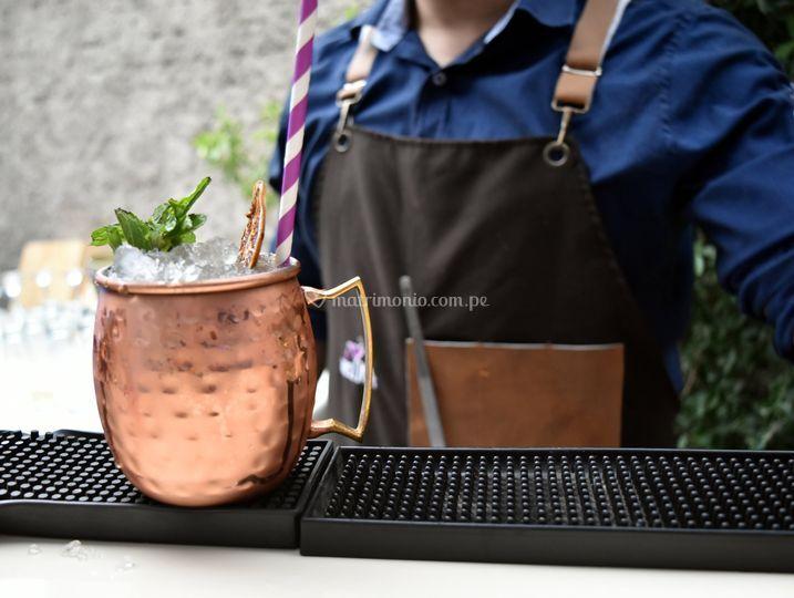 Moscow mule en taza de cobre