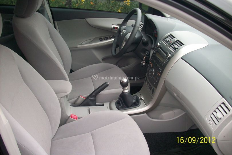 Auto con aire acondicionado