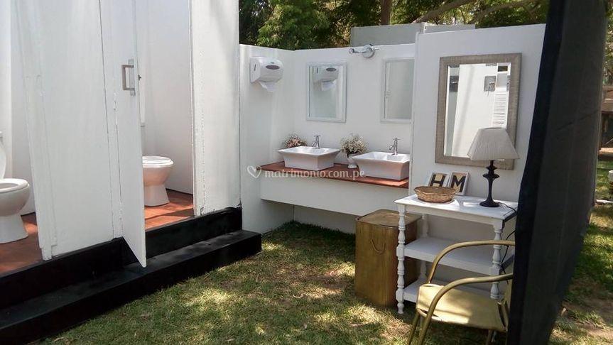 Modulo de lavamanos y cabinas