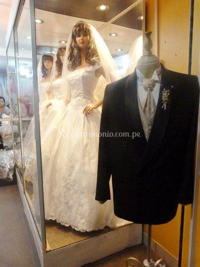 Smoking y vestidos de novia