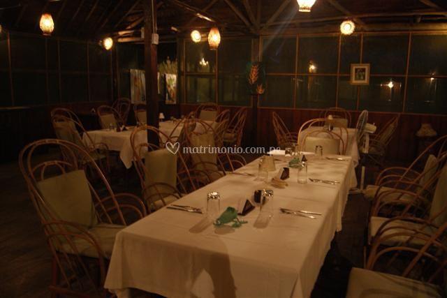 Restaurante amplio y comodo