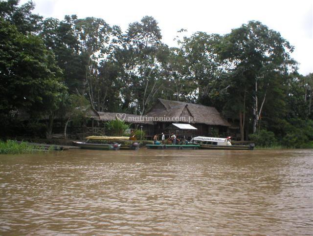 A orillas del Río Amazonas