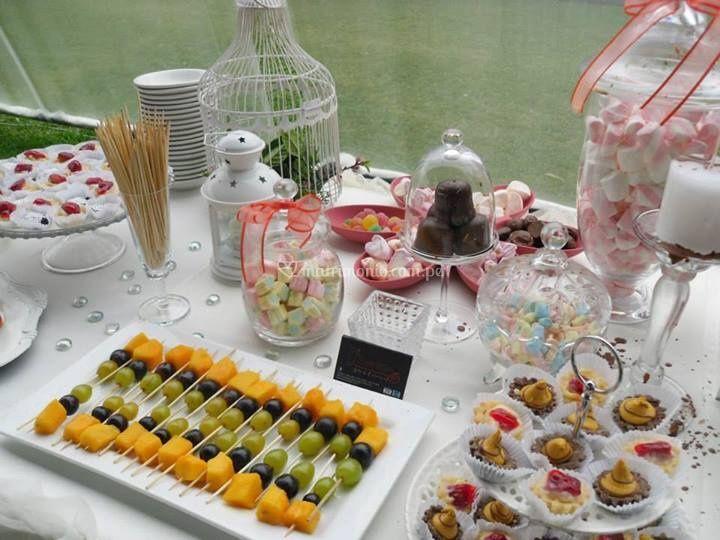 Mesa de dulces romántica
