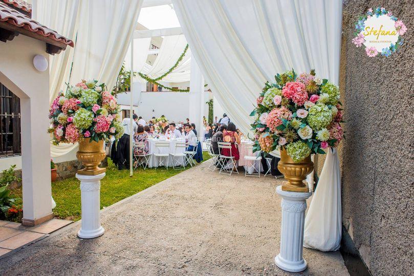 Pedestales ingreso - boda de d