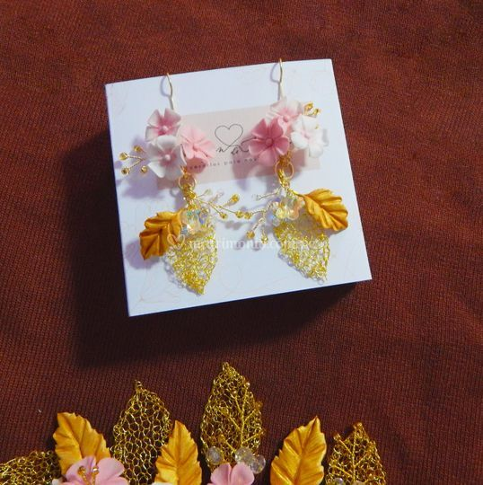 Aretes con hojas tejidas