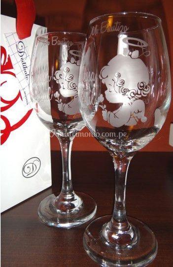 Copas de vino con dibujo-mv2