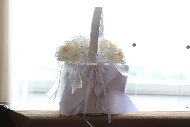 * Accesorios para boda.