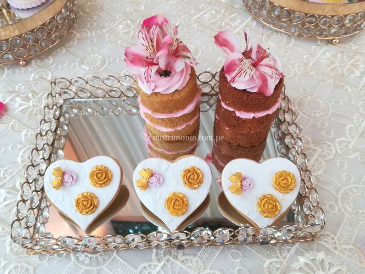 Galletas y mini nude cakes