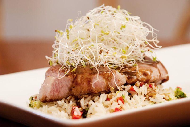 Cerdo con arroz al gengibre