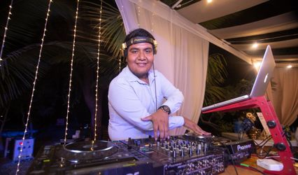 DJ De la Cruz 1