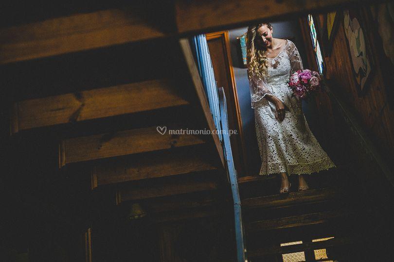 La novia bajando