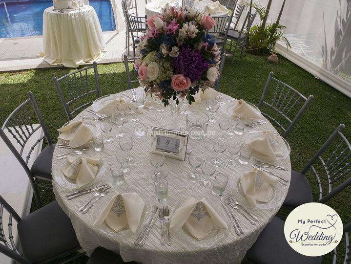 Mesa para invitados