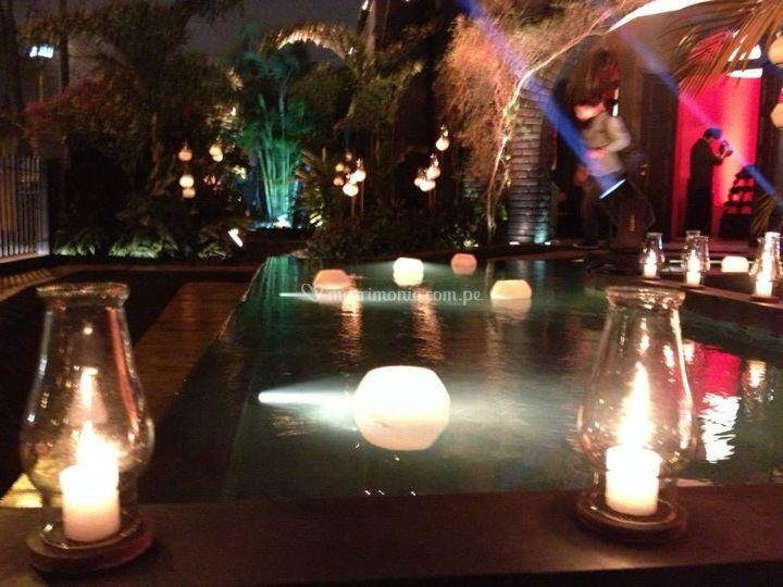 Fanales flotantes y lámparas