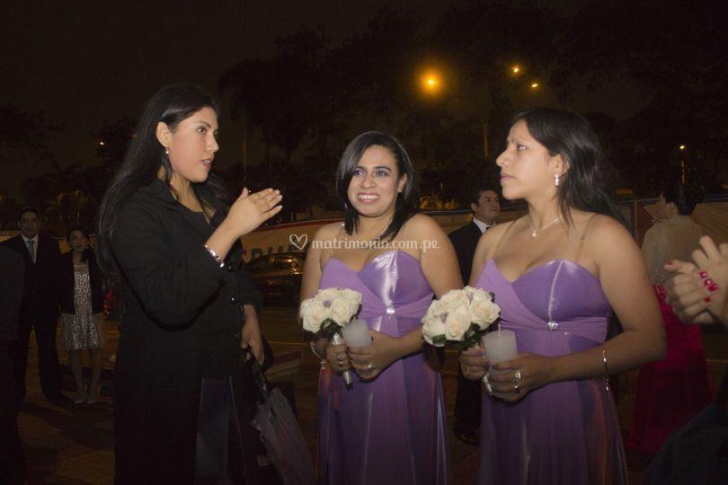 Asesorando damas de honor