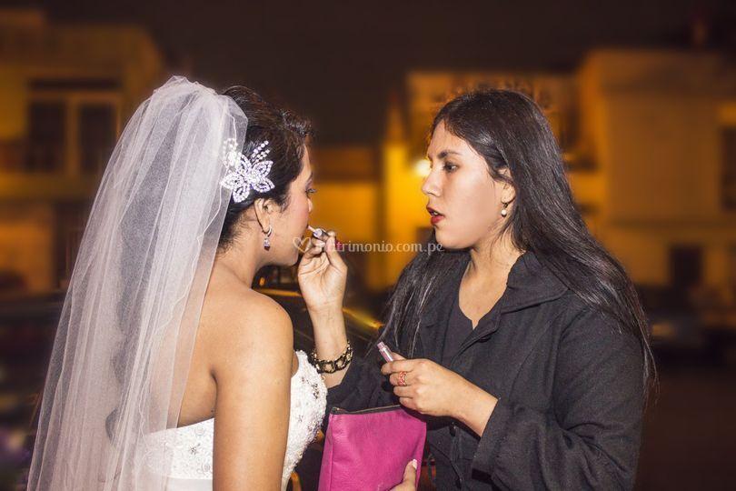 Retocando a la novia