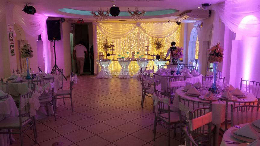 Decoracion sobria conluces led