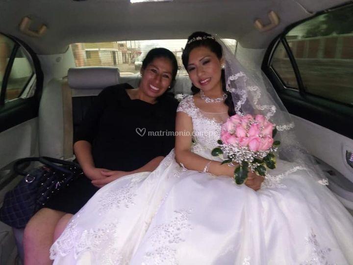Acompañando a la novia