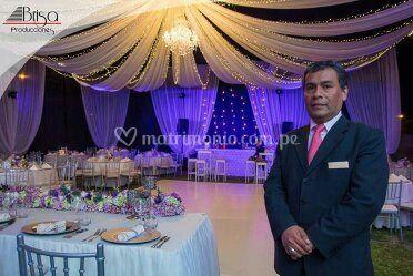 Johnny Espinoza - Maestro de ceremonias