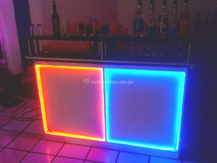 Bar en cubos Led
