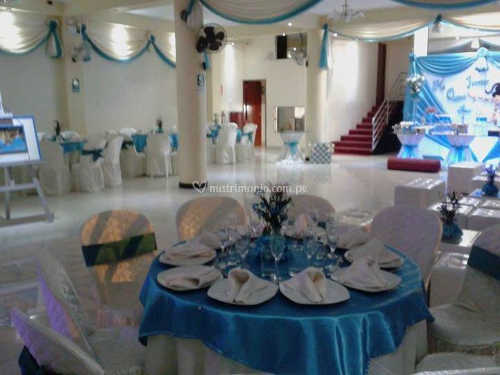 Amplio y elegante salón