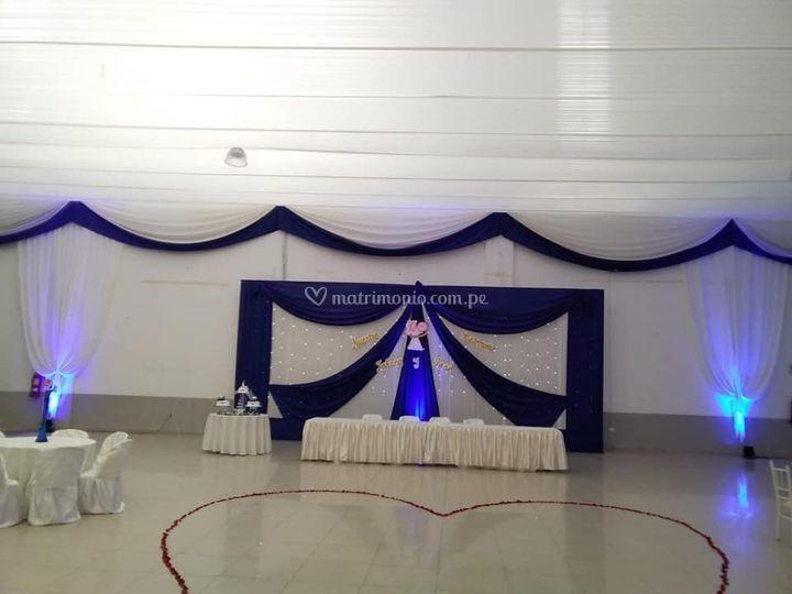 Matrimonio fondo azul