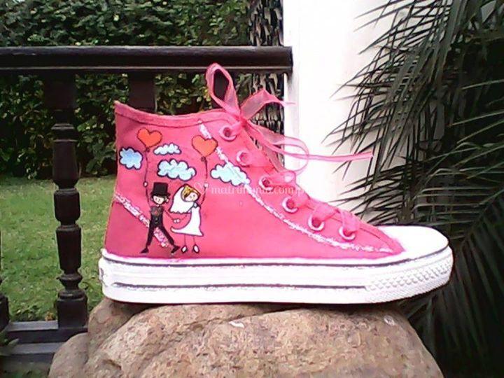 Pintada en zapatilla rosa