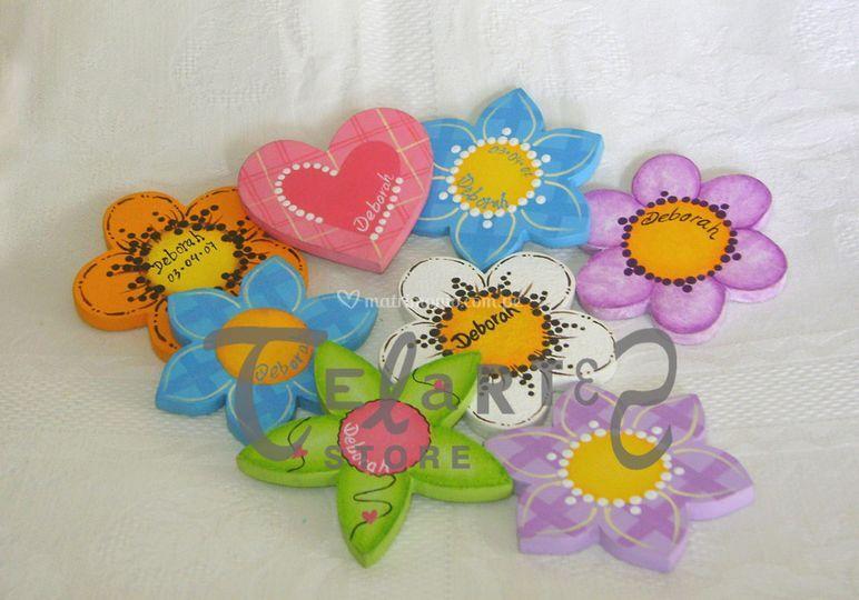 Flores y corazón imantados