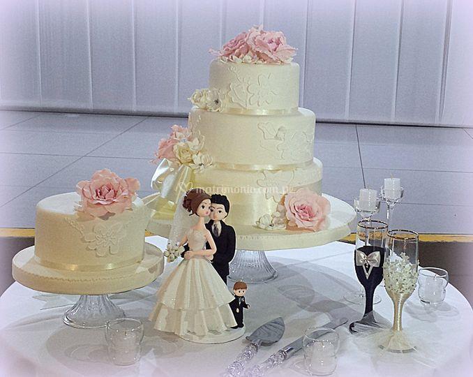 Torta romántica rosas-pareja