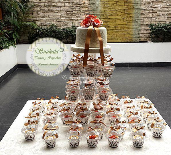 Torre cupcakes bodas de oro