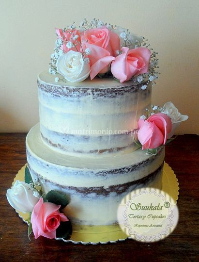 Naked cake rosas boda civil