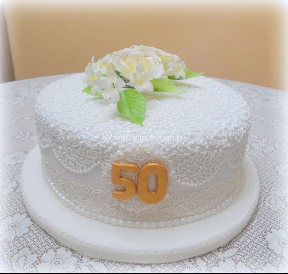 Torta 50 años claudia