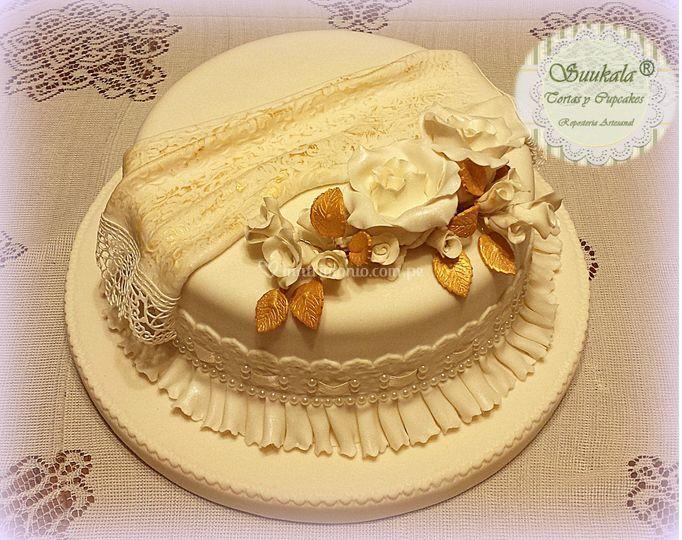 Torta Civil Ivory/ dorada