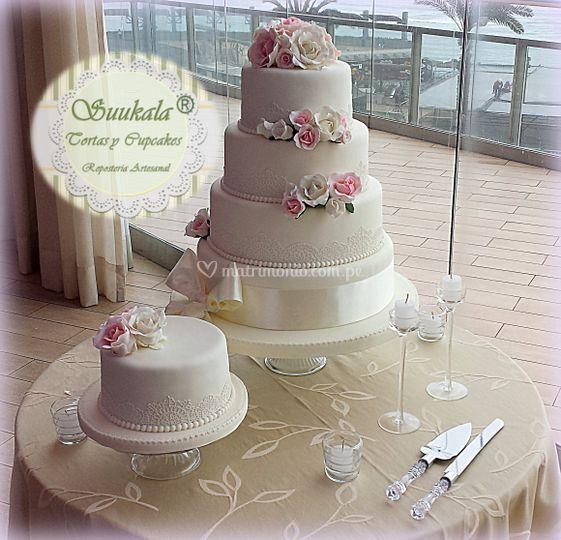 Torta romántica -encaje