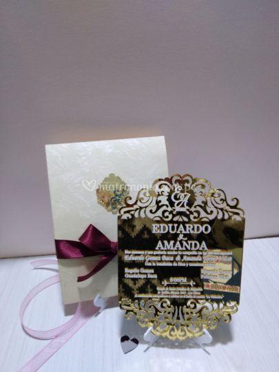 Invitación acrílico dorado