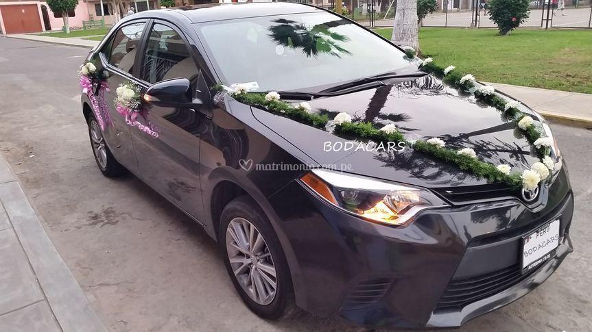 Toyota Corolla negro
