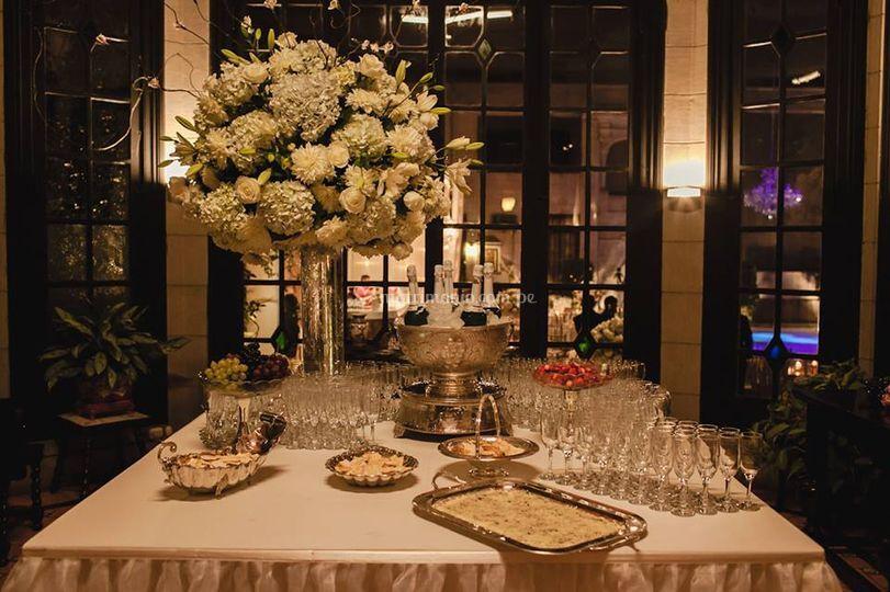 Mesa champanera